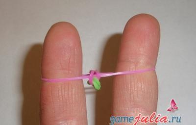 браслет из резиночек цепочка шаг 5